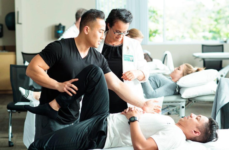 Does Medicare limits physical therapy visits?